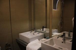toilet familyroom